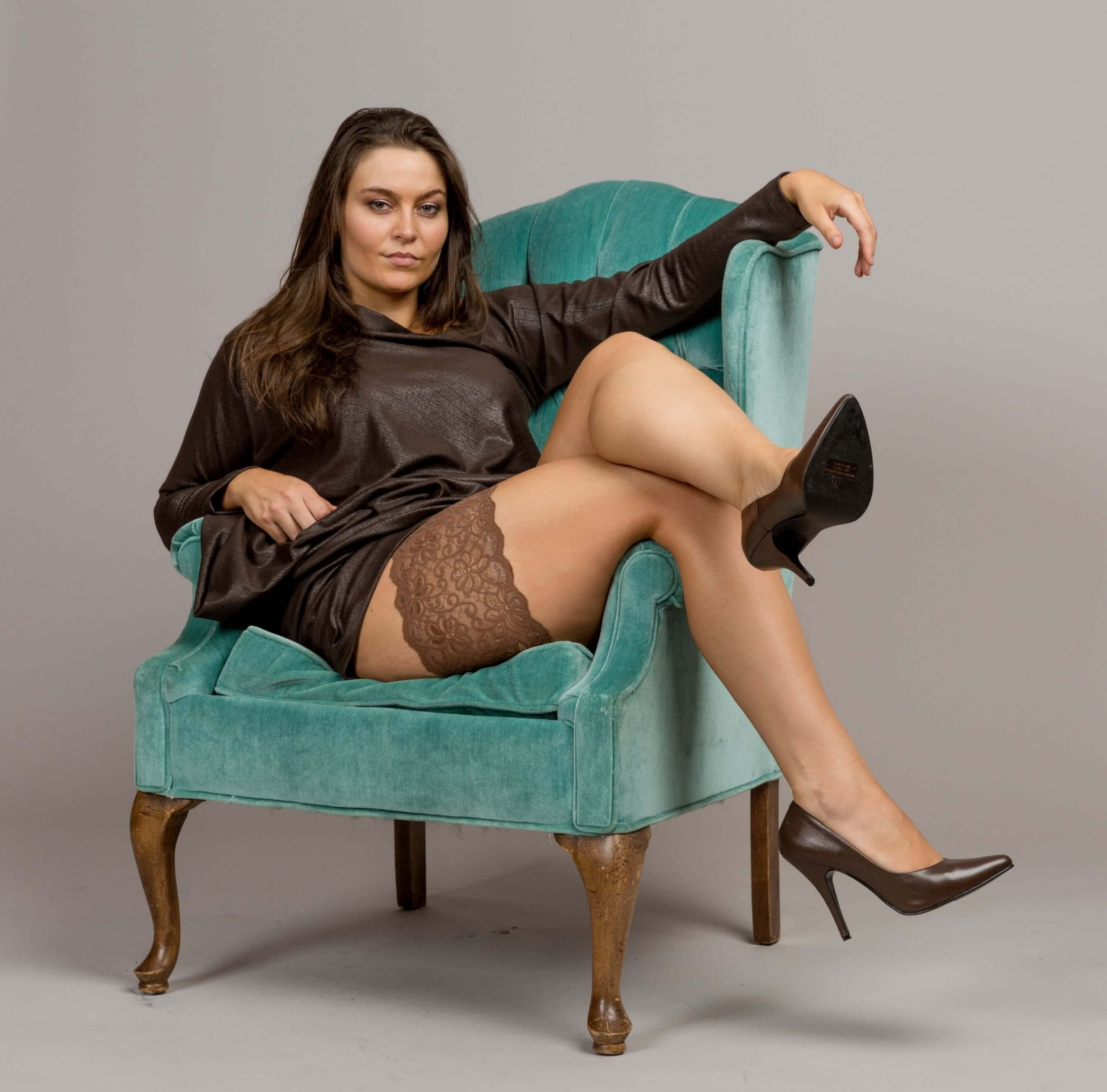 Bandelettes anti chafing thigh bands, model Dolce, made of gorgeous Italian lace help prevent thigh chafing and decorate your thighs!